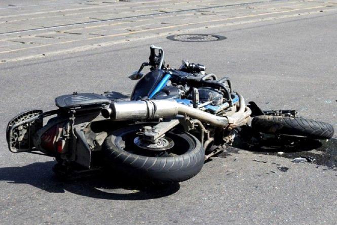 У Камені-Каширському легковик врізався у мотоцикл