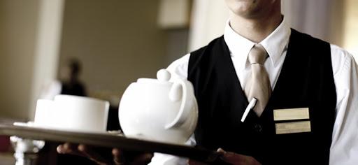 У мережі ресторанів у Луцьку виявили 21 нелегального працівника