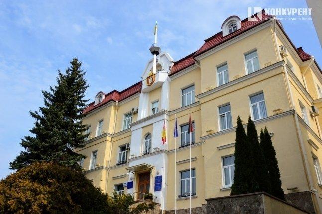 Не було скандалів: чому не падають рейтинги політсил Луцька